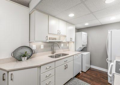 5911 Edsall Rd. 510 4 400x284 - Kitchens