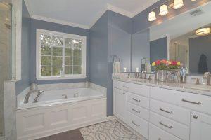 Bathrooms overlay 300x200 - Bathrooms---overlay