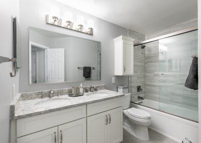 Bristow Baths 13 400x284 - Bathrooms