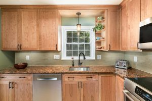 Featured Kitchen Del Ray 2 300x200 - Featured Kitchen Del Ray 2
