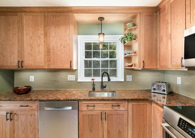 Featured Kitchen Del Ray 2 400x284 - Kitchens