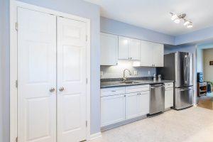 Burke kitchen 2 closet2 300x200 - Burke-kitchen-2_closet2