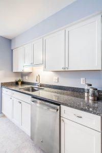 Burke kitchen 2 sinkside2 200x300 - Burke-kitchen-2_sinkside2