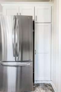 Del Rey kitchen fridge 200x300 - Del-Rey-kitchen_fridge