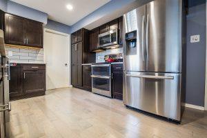 Fairfax kitchen fridge 300x200 - Fairfax-kitchen_fridge
