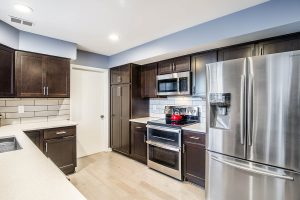 Fairfax kitchen fullview 300x200 - Fairfax-kitchen_fullview