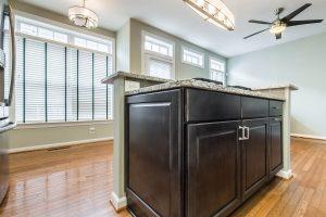 Merrifield kitchen cabinetsside 300x200 - Merrifield-kitchen_cabinetsside