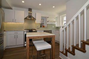 Washington other kitchenandstairs 300x200 - Washington-other_kitchenandstairs