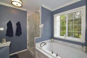 Ashburnbathroom bathandshower 300x200 - Ashburnbathroom_bathandshower