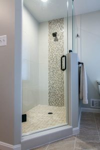 Burkebathroomshower1i 200x300 - Burkebathroomshower1i