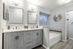 Fairfax bathroom masterbath2 300x200 - Fairfax-bathroom_masterbath2