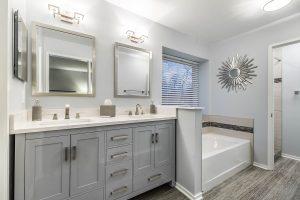 Fairfax bathroom masterbath3 300x200 - Fairfax-bathroom_masterbath3
