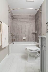 Fairfax bathroom 2 showerwithtowel 200x300 - Fairfax-bathroom-2_showerwithtowel