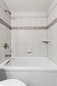 Fairfax bathroom 2 tub4 200x300 - Fairfax-bathroom-2_tub4